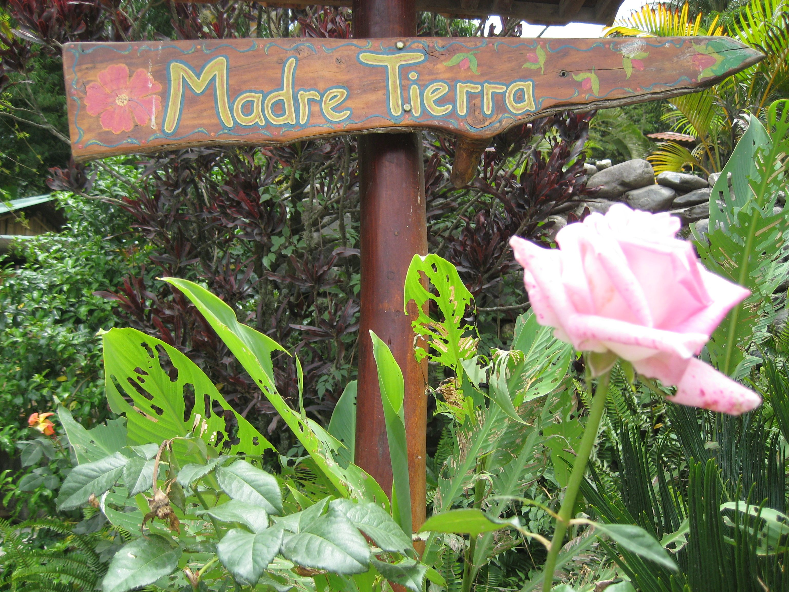 Retreat Madre Tierra Sign
